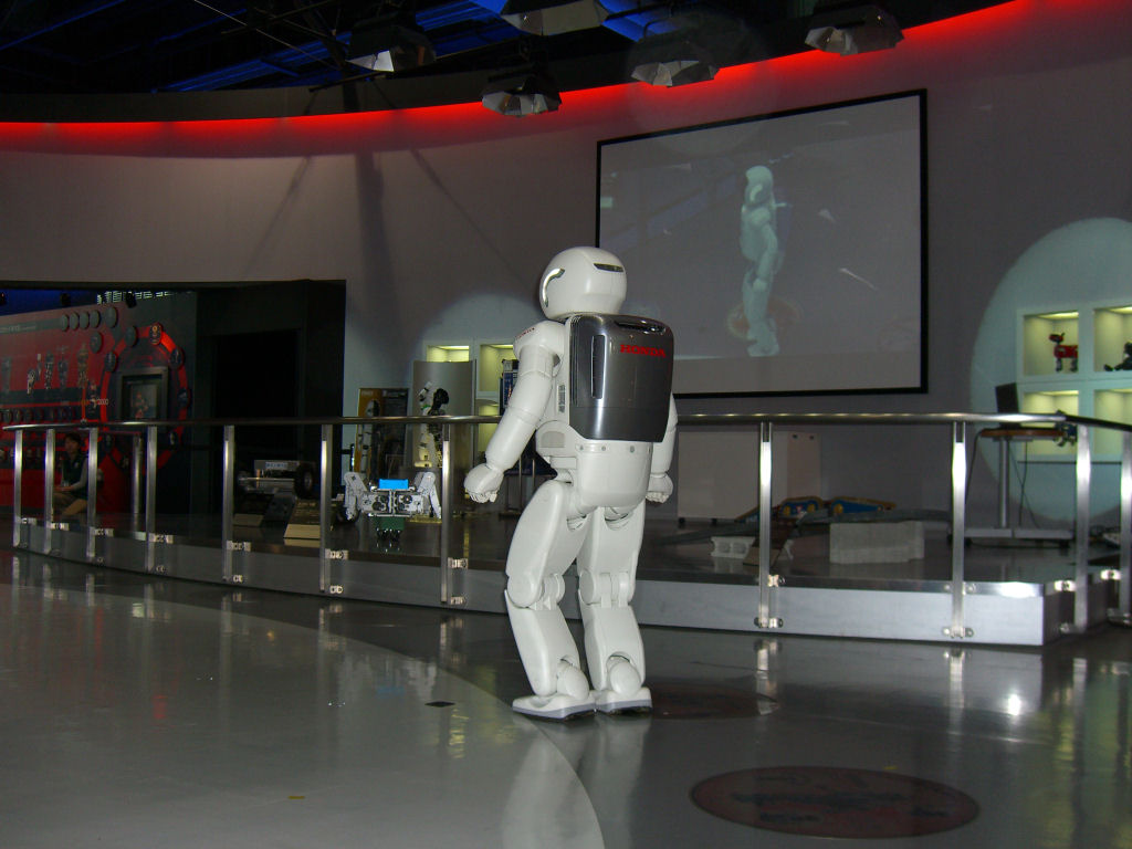 Asimo in Science Museum Tokyo